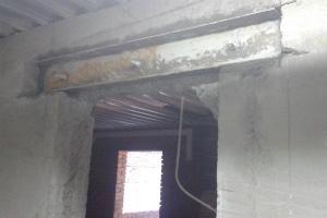 Проем в бетоне с усилением